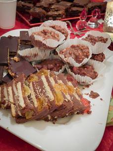 noatalgisk-mat-i-bursdagsselskap-2-lite