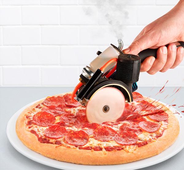 10-bensin-pizzakutter-lasersikte-pizza-cutter