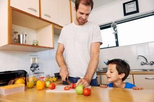Barn lærer masse på kjøkkenet, og de elsker det!